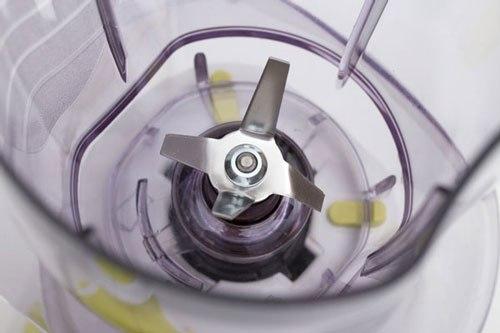 chất liệu lưỡi dao của máy xay sinh tố