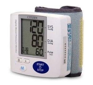 nên mua máy đo huyết áp nào