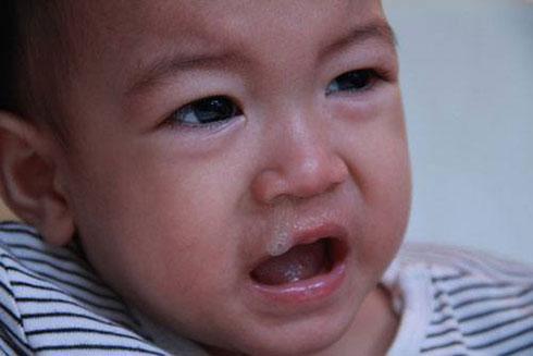 nguyên nhân trẻ ngẹt mũi